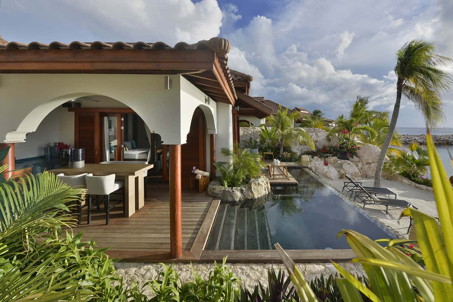 Superior-Beach-Front-Pool-Suite-Outside-2
