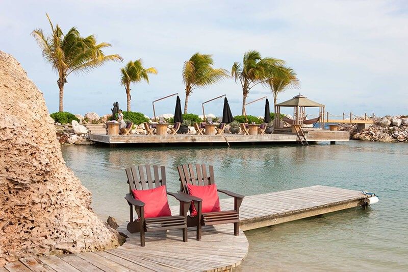Beach-Chairs-Baoase-Luxury-Resort-1