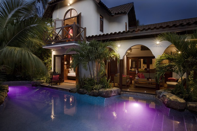 Private-Pool-Villa-Overview-at-Night